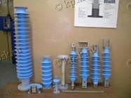Опорные стержневые полимерные изоляторы марки ОСК предназначены для изоляции и крепления токоведущих частей в электрических аппаратах и распределительных устройствах (РУ) электрических станций и подстанций переменного тока напряжением 6-220 кВ частотой 50 Гц
